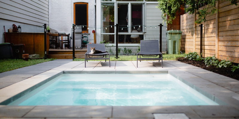 3 Reasons to Install a Custom Swimming Pool