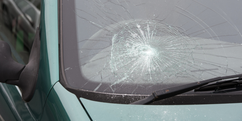 auto glass repair that can make it even more expensive
