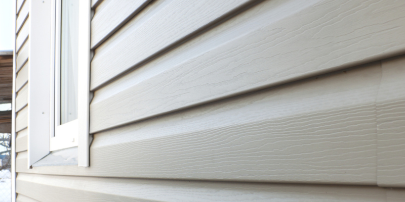 Is It Time to Choose Siding Over Paint?