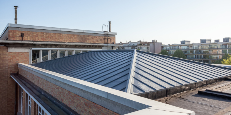 metal roof can deflect the heat coming down on it