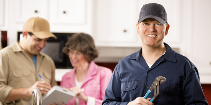 4 Benefits of Hiring a Qualified Residential Plumber