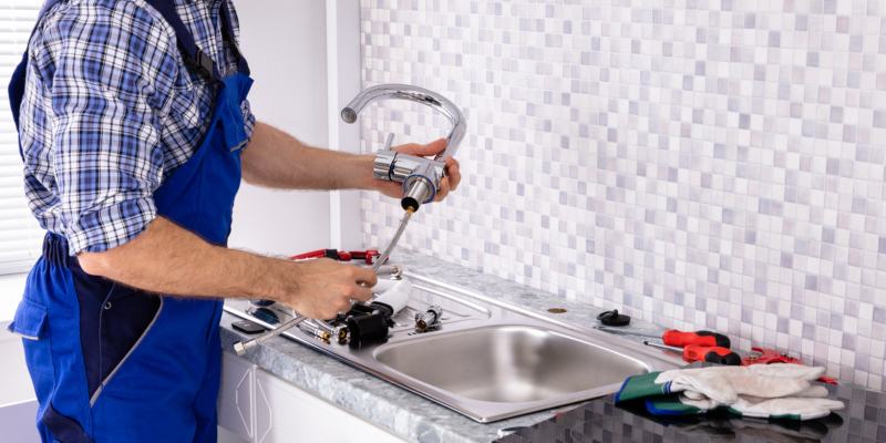 Your Quick Guide to Picking the Right Plumber